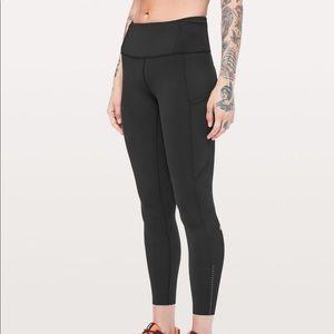 Lululemon's fast & free HR 7/8 tight leggings